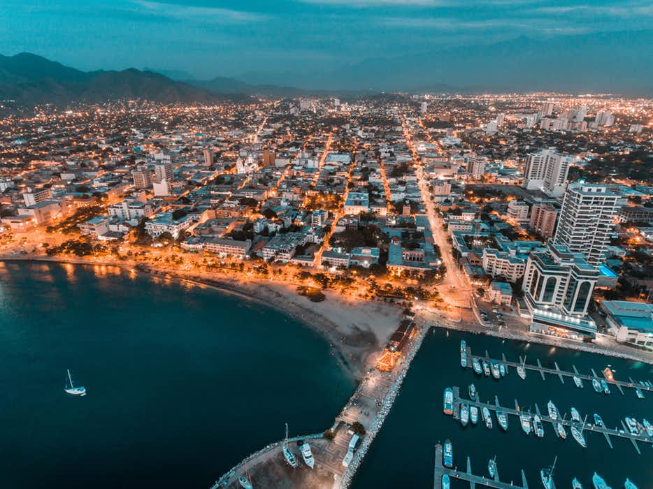 How to get from Cartagena to Santa Marta